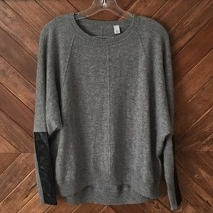 AUTUMN CASHMERE LEATHER PATCH DOLMAN GRAY SWEATER